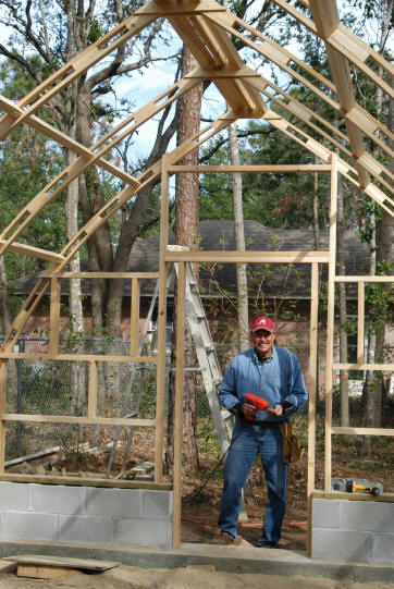 Greenhouse Manufactures Choose Top Quality Wooden