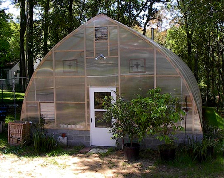 Gothic arch greenhouses review schmidt for Gothic arch greenhouse plans