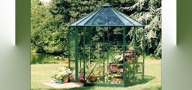 Halls Polycarbonate Greenhouses